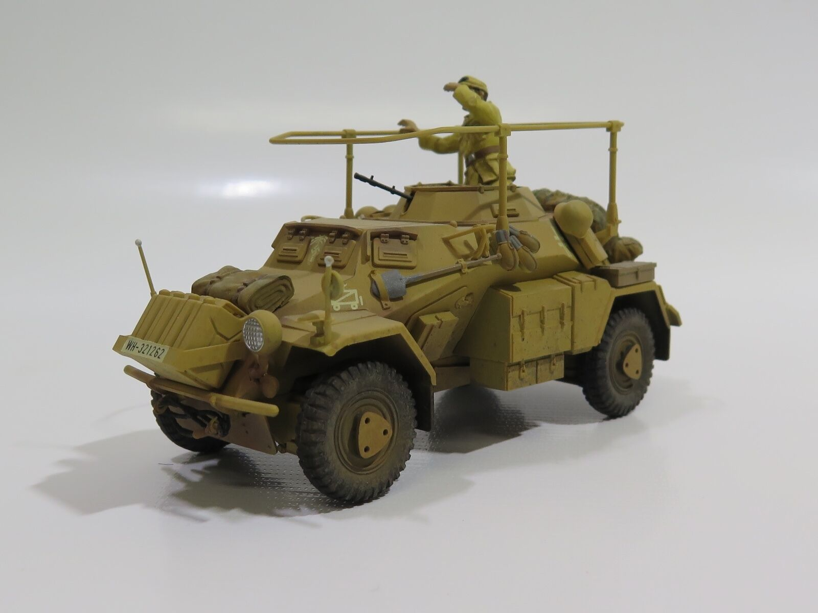 MY2015 - 1 35 PRO BUILT - Plastic Tamiya German Sd.Kfz.223 (Fu) light command ve