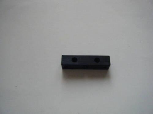 Davis 8-32 Recurve Aperture Block black