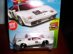 LAMBORGHINI-COUNTACH-PACE-CAR-HOT-WHEELS-SCALA-1-55
