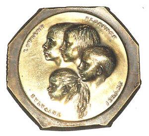 Medaille Plaque En Bronze Decor De Profil D'enfant Ventes Bon Marché