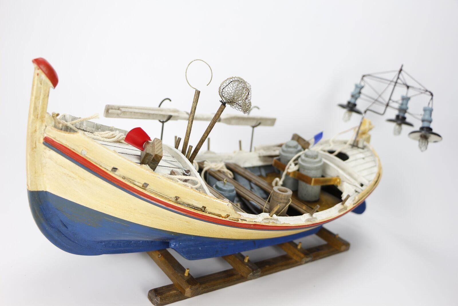 Barco Bote luces pesca  mediterráneo modelismo madera