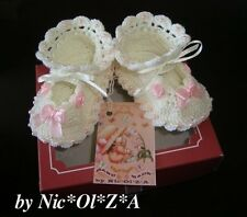 NEWBORN BABY GIRL SHOES BOOTIES HANDMADE CROCHET CREAM WITH BOWS & ROSES  0-3 M
