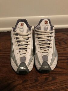 27a9aef96a2 Image is loading nike-shox-r4