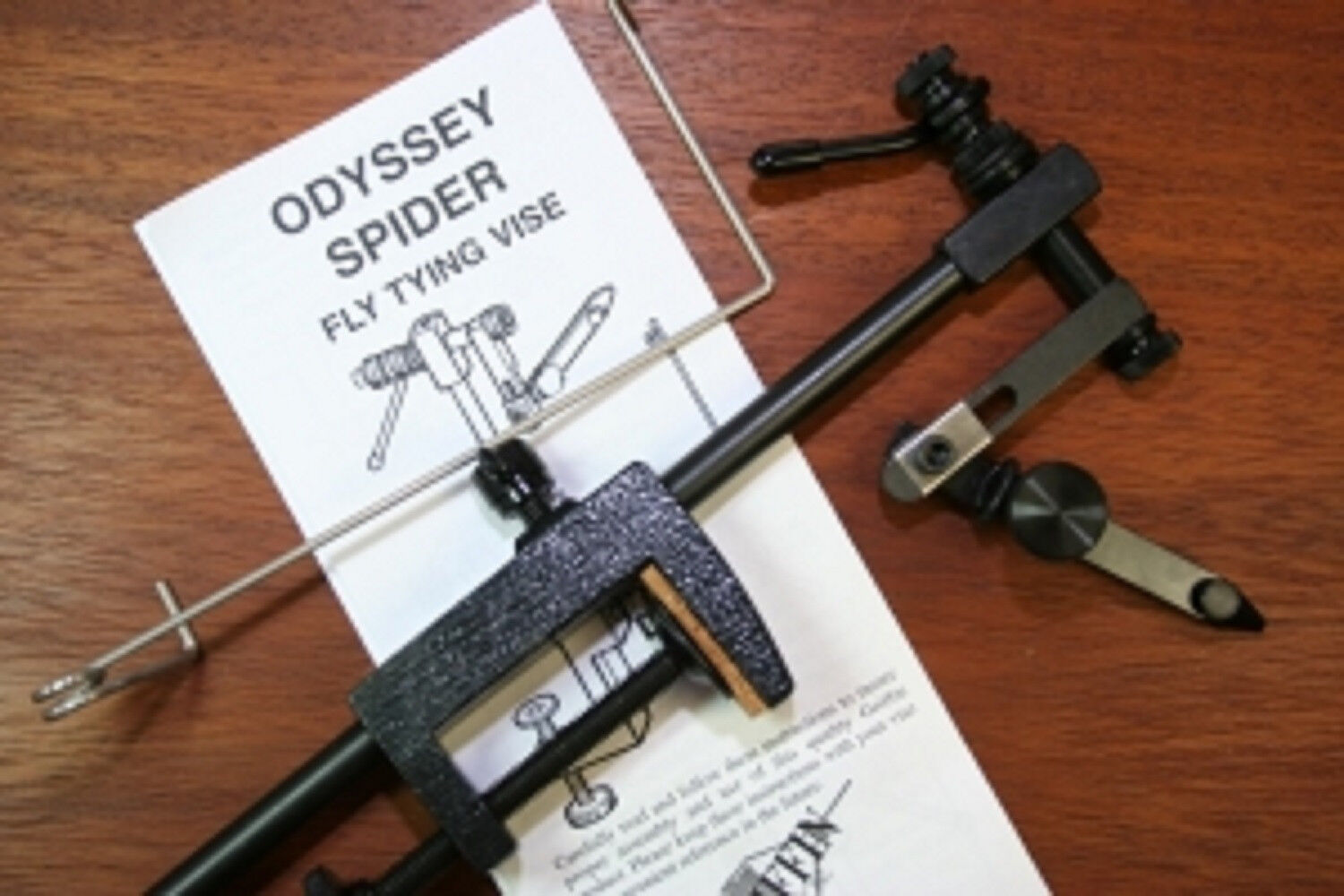 GRIFFIN ODYSSEY SPIDER VISE - with discount offer on fly tying tools