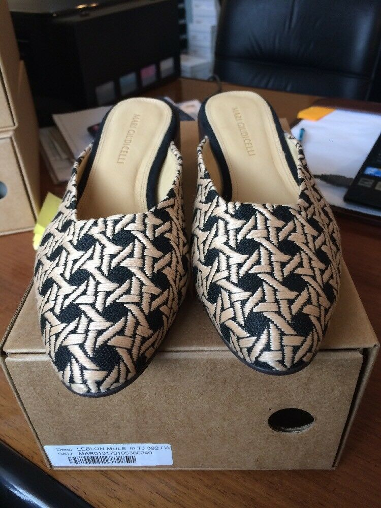 Mari Giudicelli Beige/black Woven Closed Toe Mule With Wooden Wooden With Heal 62585b