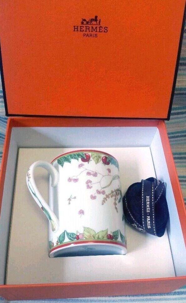 HERMES Porcelain Pythagore Mug Cup Tableware Berry Ornament Coffee New Unused