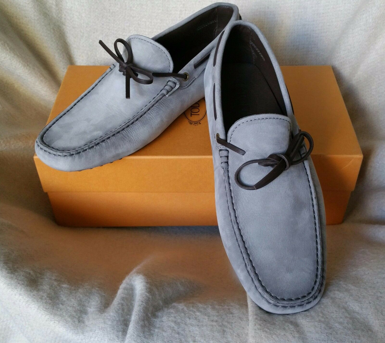 Tod's Grey Nubuck Lace Loafer 10 US Gommini Tie Front Moccasin Tods Shoes Scarpe classiche da uomo