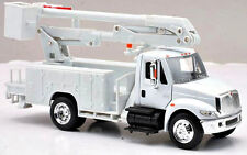 New In Box 1/43 Scale Diecast International 4200 Line Maintenance / Bucket Truck