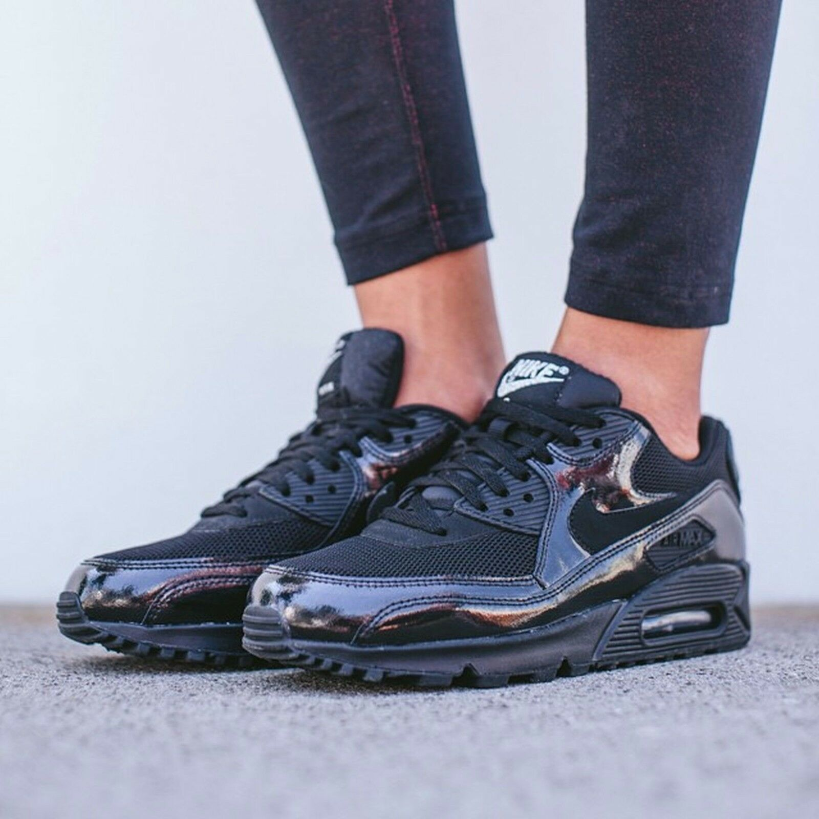 Nike Air Max 90 PREM Wmn Shoes Size 8 443817-002 Black/Black