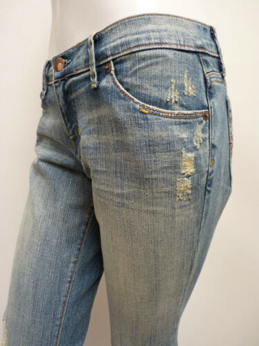B2 Blue 2 Cult Jeans Distressed Light Wash BootCut 27