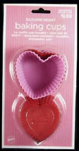 Silicone-Hearts-Baking-Cups-12-From-Wilton-NEW