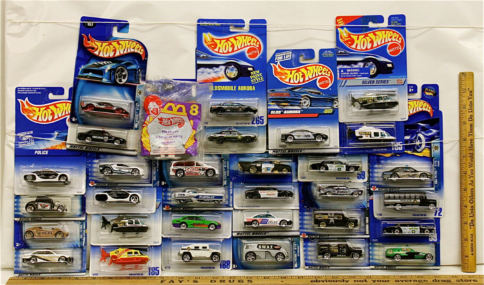 32 Pc Hot Wheels Police & Sheriff Vehicle Lot 1991-2000  No Two Cards Alike NOC