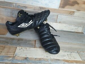 Umbro-Sonica-11-A-SG-Terrain-Souple-Or-Noir-Chaussures-De-Football-Taille-UK-10