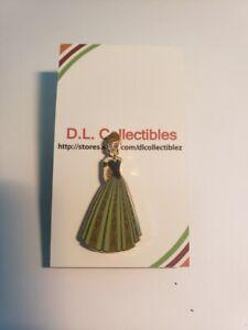 Disney-Frozen-Coronation-Dress-Anna-Pin