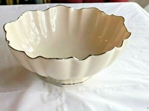 Lenox-Round-Silver-Trimmed-Bowl-6-inches