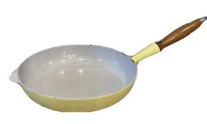 Vintage Le Creuset France #25? Skillet Fry Pan Enamel over Cast Iron Wood Handle