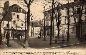 CPA-Paris-18e-Premiere-Mairie-de-Montmartre-en-1789-la-Place-du-Tertre-284525