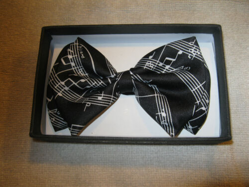 Black White MUSICAL NOTES PIANO KEYS Suspenders musical notes Bowtie Bow Tie