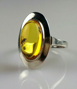 Copal with insect Ring