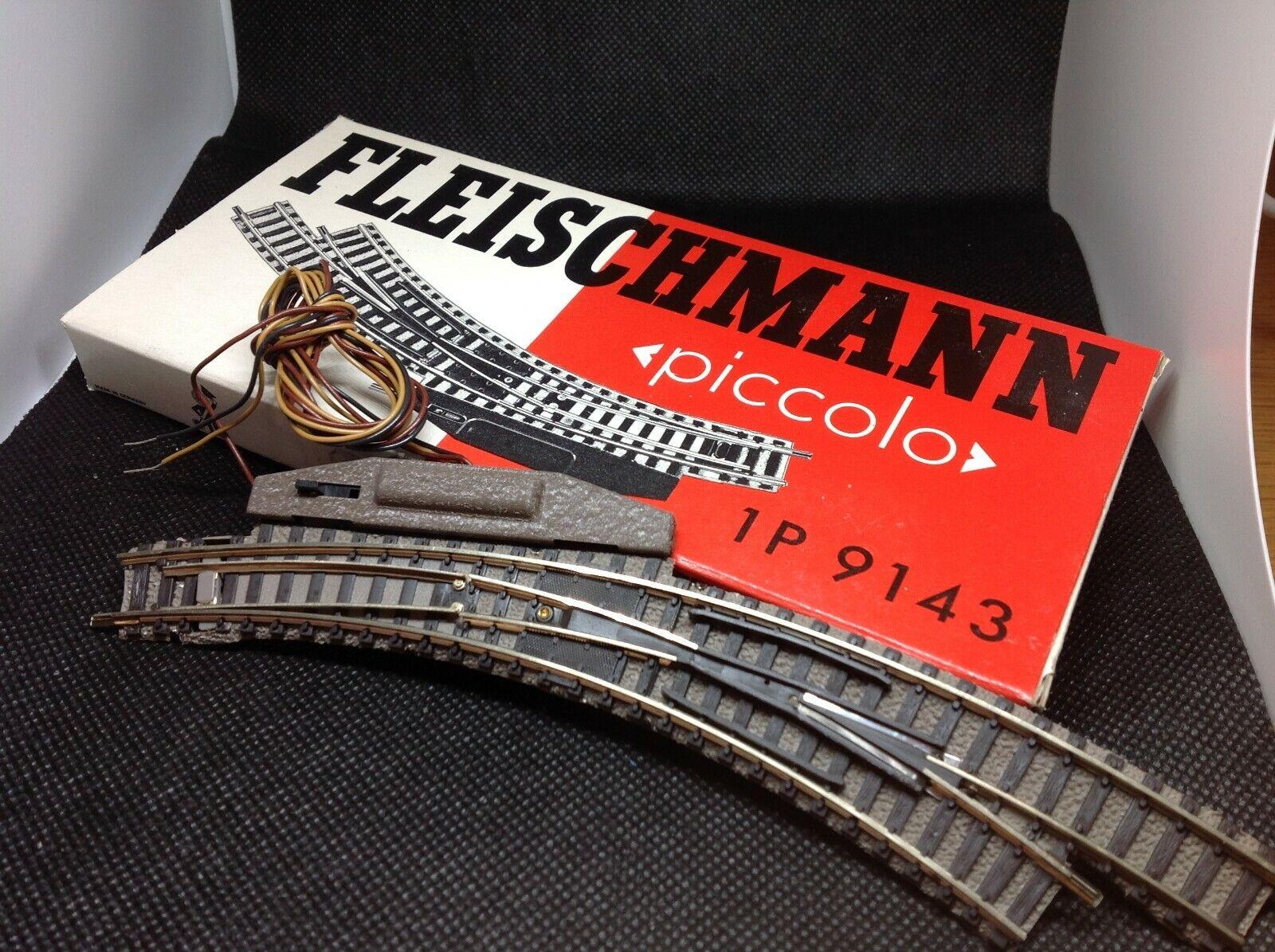 Fleischmann 9143 Spur N - el. magn. Bogenweichenpaar -  NEU