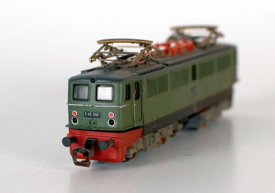 Modeltog, Berliner TT Bahnen BR E 42 , skala TT