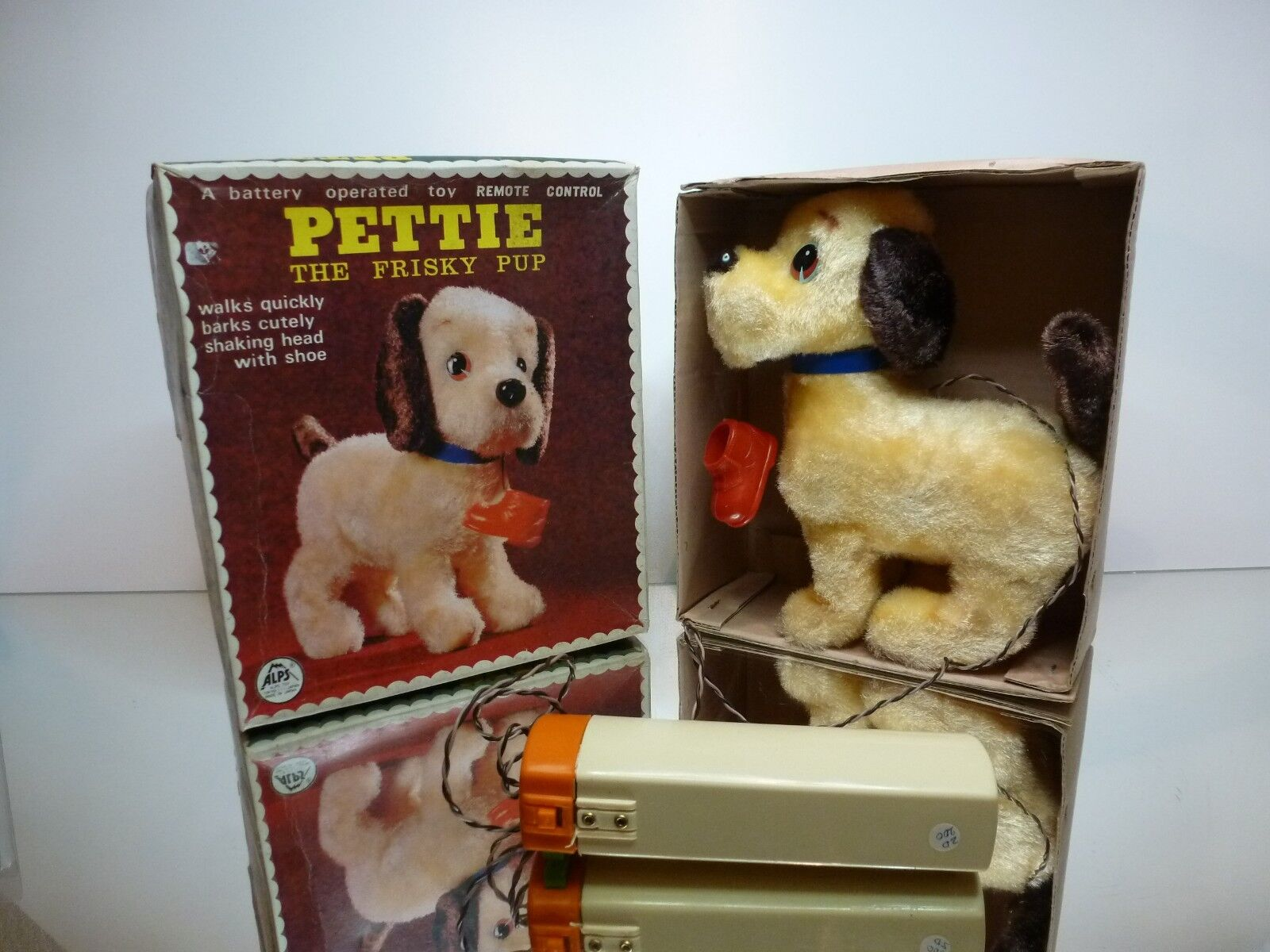 ALPS TOY JAPAN 5756 PETTIE THE FRISKY PUP PUP PUP - RC - CREAM H21.0cm - GOOD IN BOX 1774ea