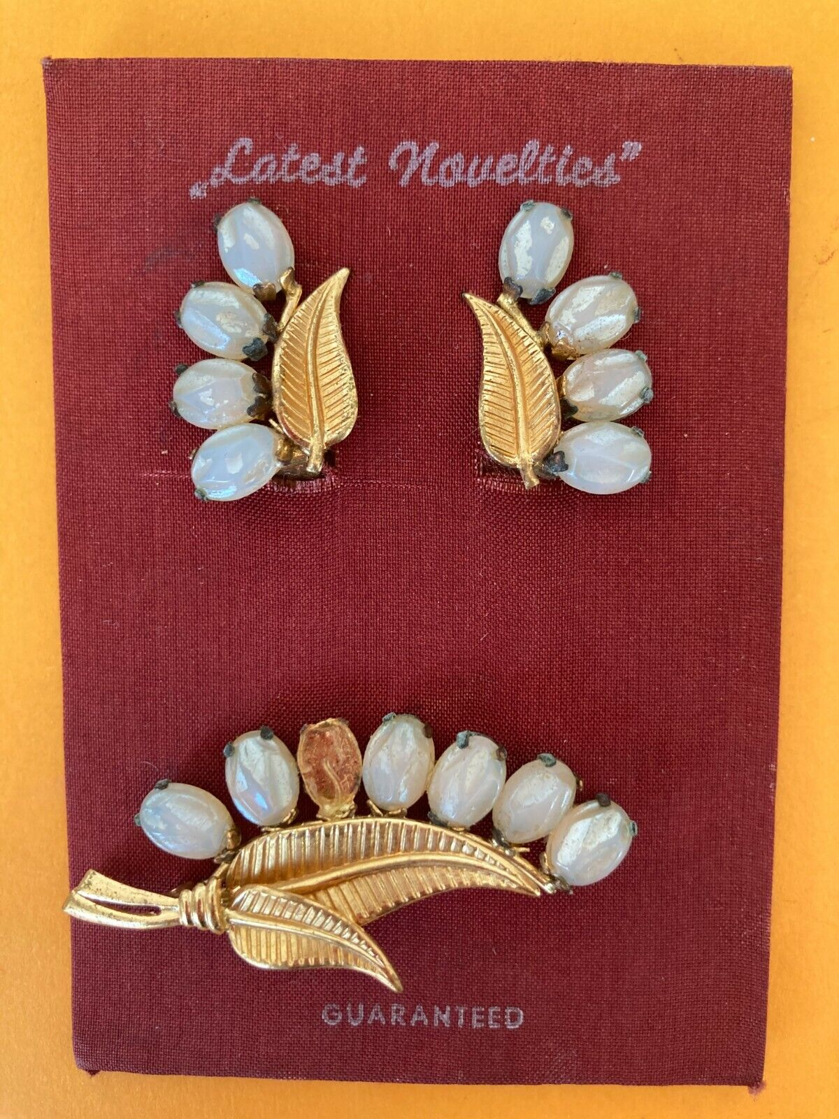 BNOC Vintage 1940's Gold tone white leaf Clip-on Earrings & Brooch Set Deadstock