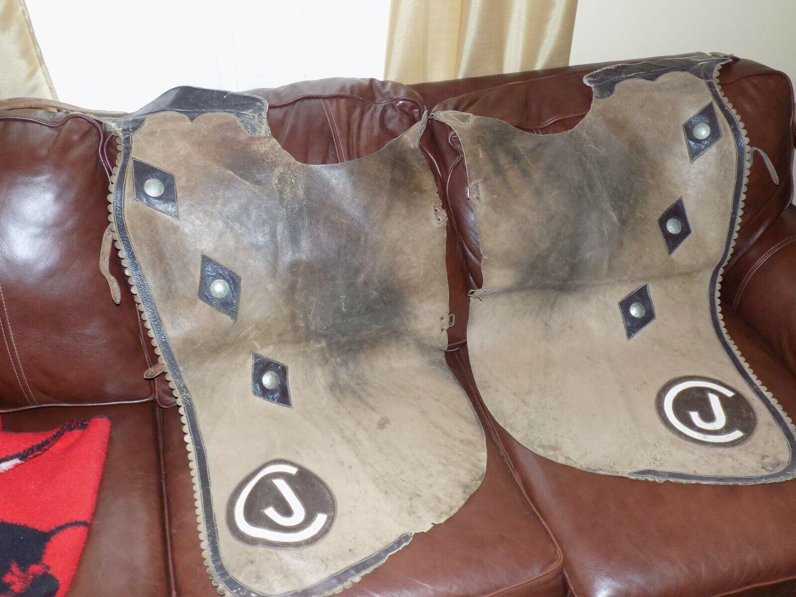 Vintage par de cuero con ribete marrón  3 estrellas CJ Chaps Remachada  servicio honesto