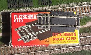 FLEISCHMANN-6110-Binario-diritto-H0-con-massicciata-regolabile-da-80-a-120-mm-H0