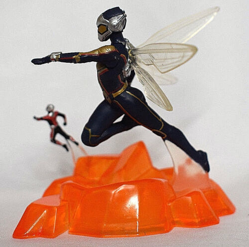 Disney Store WASP /& ANT-MAN FIGURINE Cake TOPPER AVENGERS Marvel Toy NEW