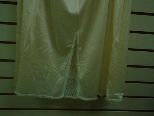"NEWf Ventura Plus Size Nylon Half Slip 29/"" L SIZE 3X IVORY #4843"