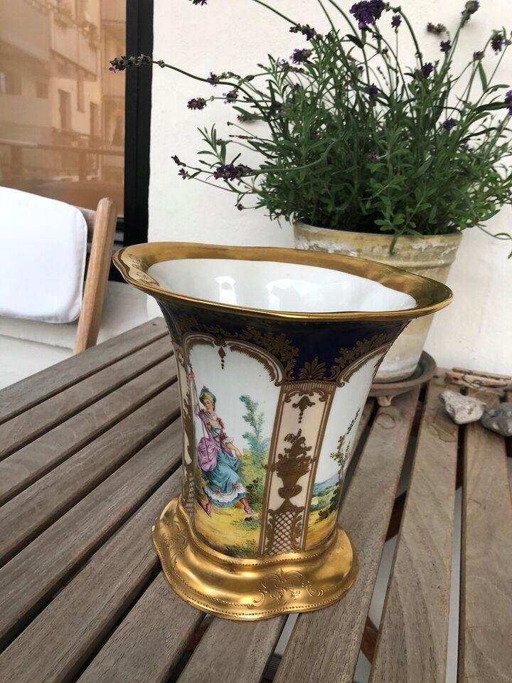 Vase, Porcelæn, 140 år gl.