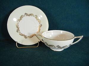 Minton-Gold-Laurentian-H5184-Handled-Cream-Soup-Bowl-and-Saucer-Set-s