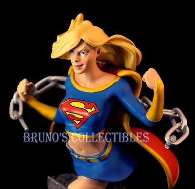 DC comics Universe Series 3 Supergirl Bust DC Direct Collectibles