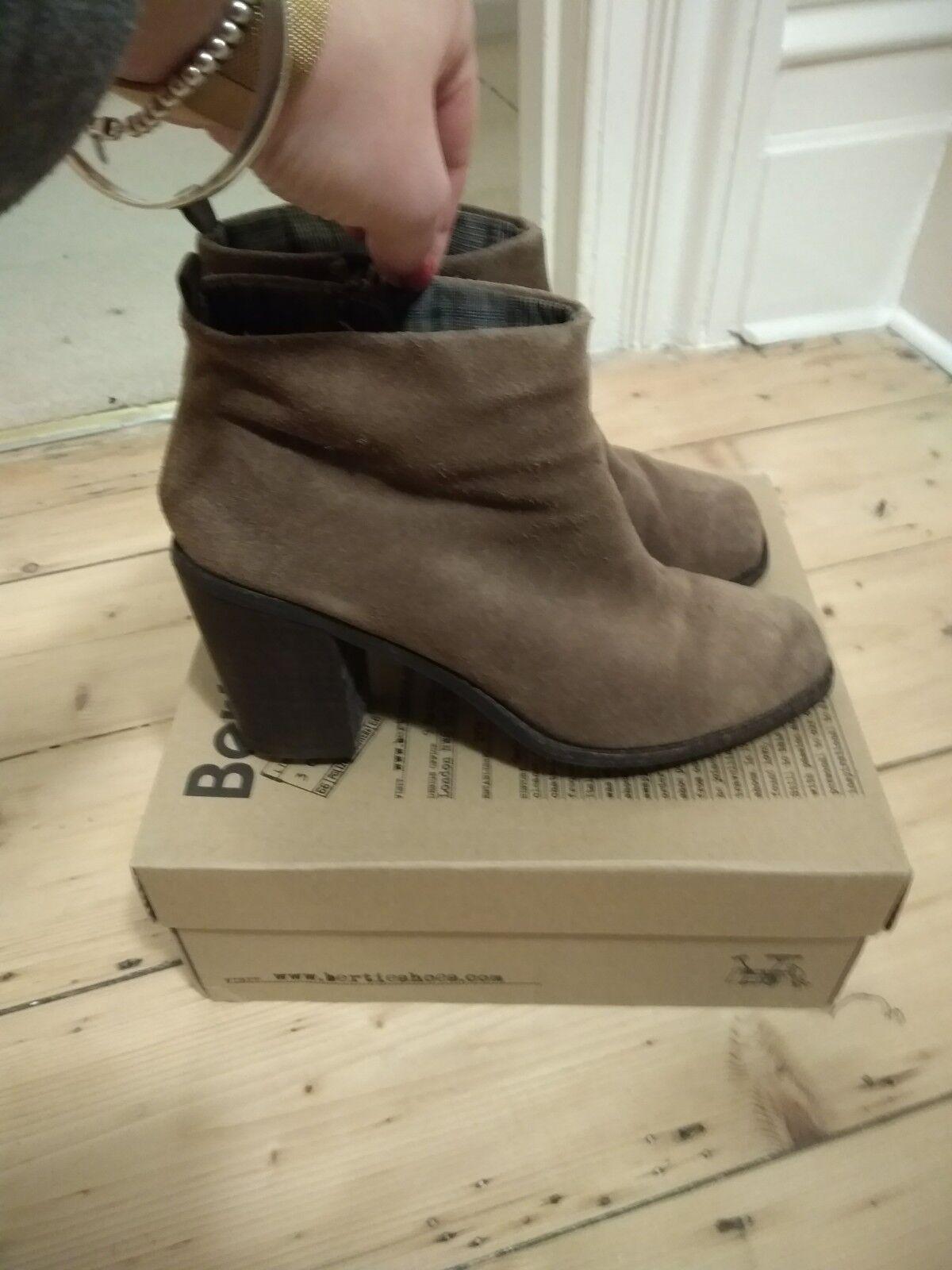 Bertie brown nubuck heeled boots size 38 5