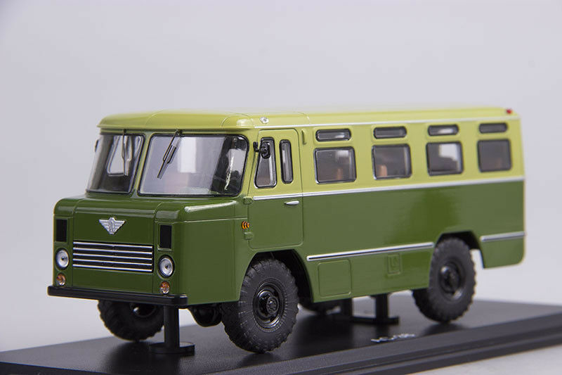 AS-38 Soviet army bus   GAZ 66 chassis  1 43 Start Scale Models SSM4013