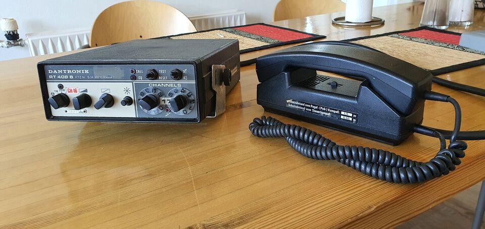 VHF radio Dantronic. Ældre model men fuldt funk...