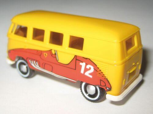 Brekina Sondermodell VW T1b Fensterbus mit Druck Rennwagen auf Seitenwand 1:87