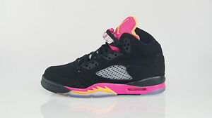 ... NIKE-AIR-JORDAN-5-RETRO-Size-38-5-