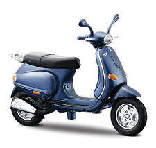 VESPA 125 ET4 1996 in Blue - 1:18 Die-Cast Scooter Model by Maisto -  New