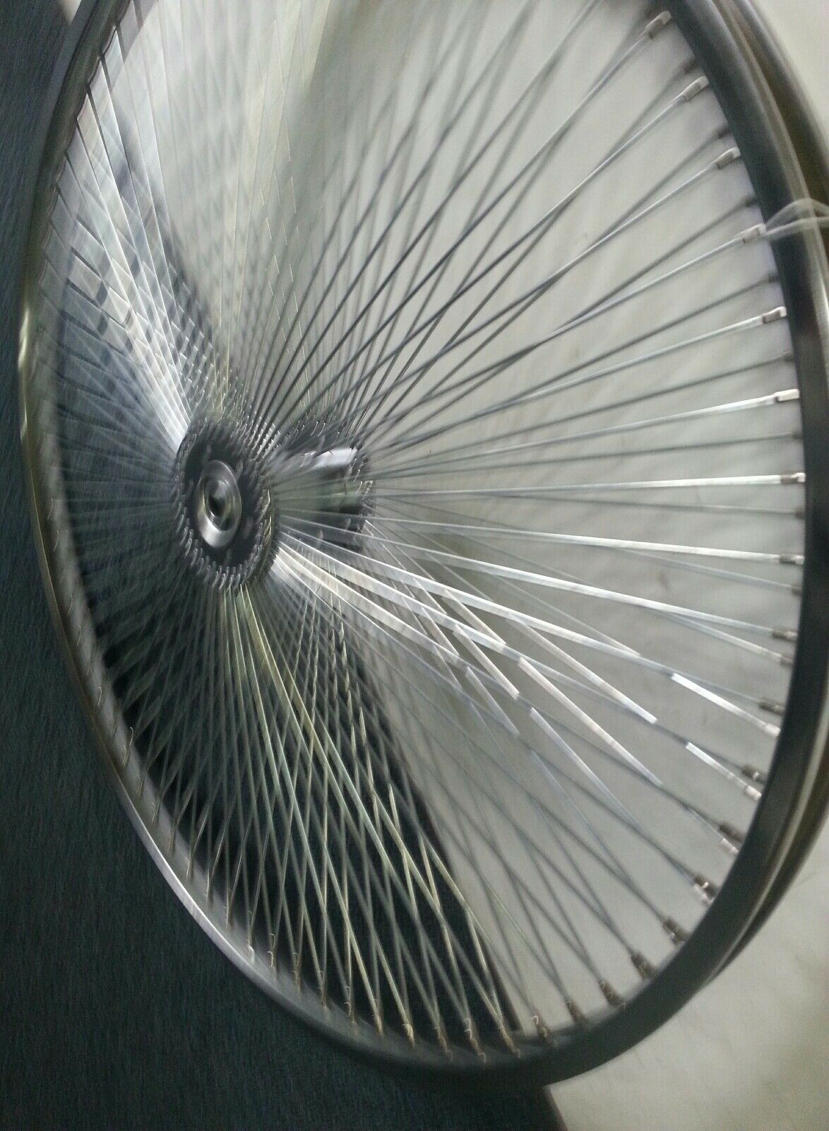 ONE  NEW  144 SPOKE CHROME HOLLOW HUB TRICYCLE  REAR RIM 26   STEEL  14g