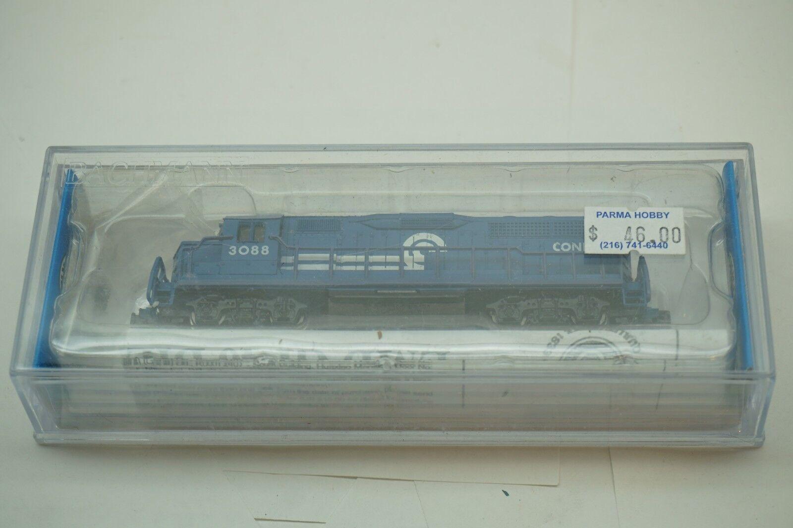 N SCALE TRAIN CONRAIL GP40 DIESEL LOCOMOTIVE BACHMANN ENGINE 63556 3088 BOX