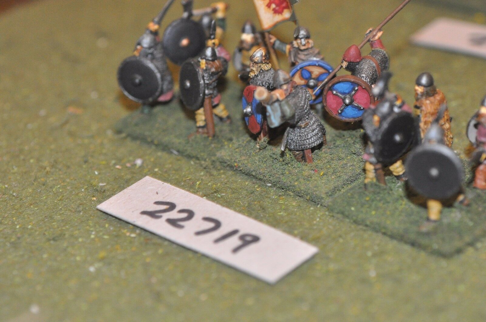 25mm dark ages   viking - spearmen 12 figs inf - inf (22719)