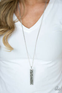 Paparazzi-Jewelry-Necklace-Sets-Big-Shot-Shimmer-Silver