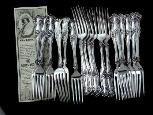 VINTAGE GRAPE 1847 ROGERS BROS c1904 DINNER FORK 7 ½""