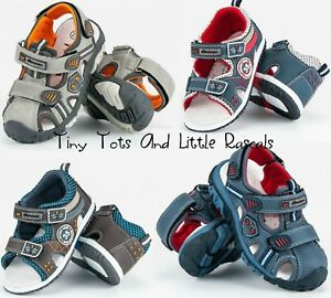 Baby Walking Shoes by Tiny toes size 3W