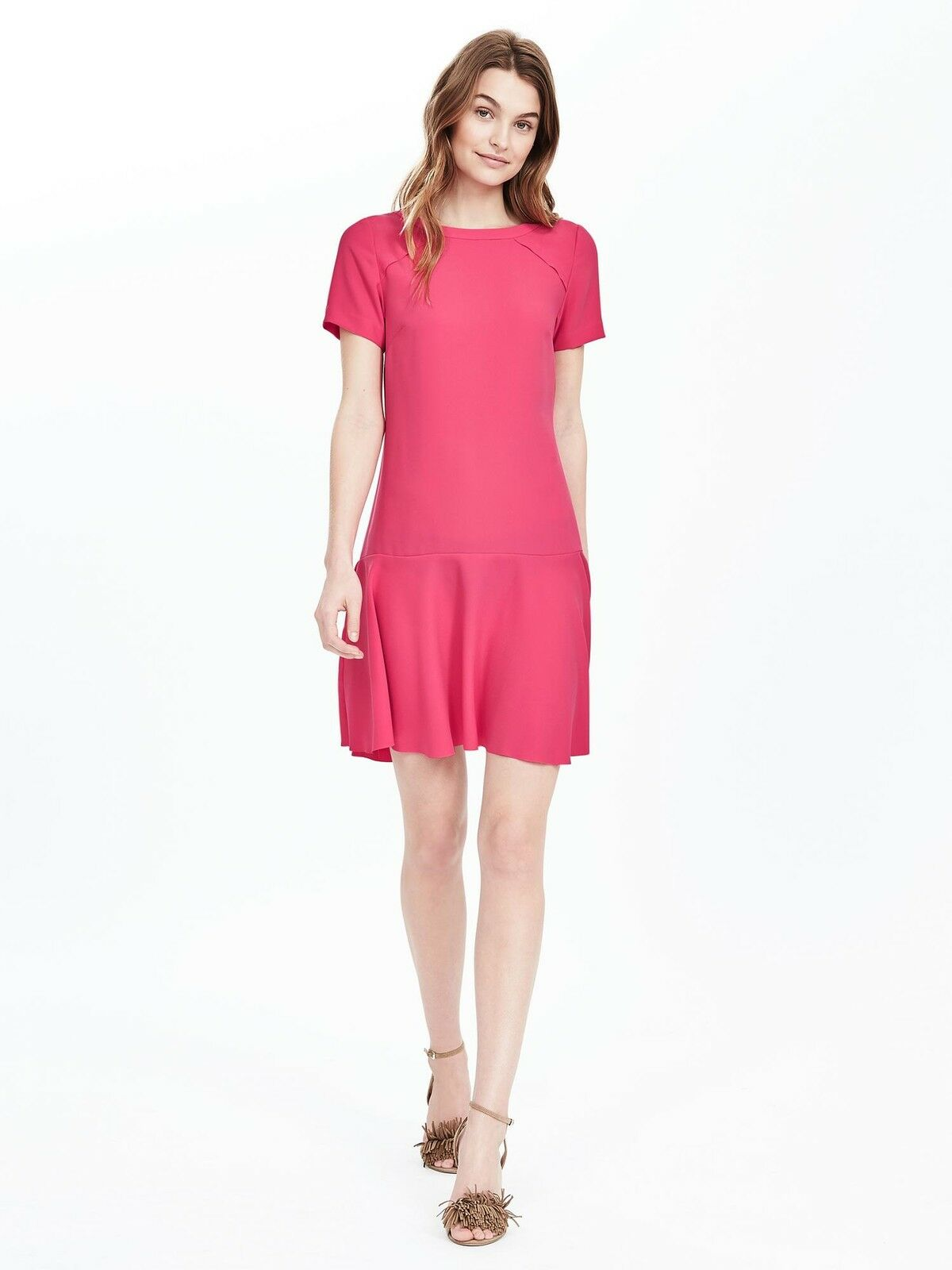 NWT Banana Republic Flounce Dress Kismet Rosa Größe 8P 8 P