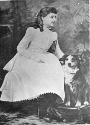 Photo Helen Keller at 10 years old 1909-11