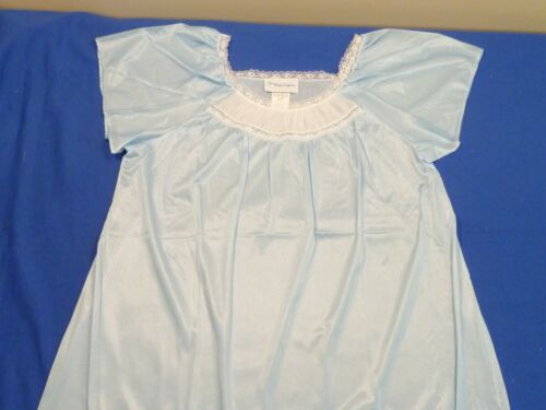 First Lady Lingerie Long Gown with Lace Yolk Short Flutter Sleeves