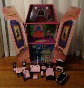Monster High Dead Tired Vampire Draculas Large Coffin Bed Dollhouse